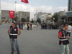 Plain clothes polis hangin around in Taksim